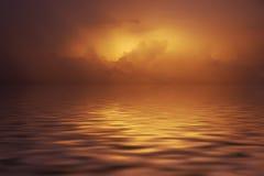 Puesta del sol en nubes imagen de archivo libre de regalías