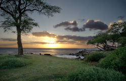 Puesta del sol en Oahu Imagen de archivo libre de regalías
