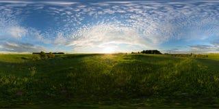 Puesta del sol en panorama esférico de 360 grados del prado Fotografía de archivo libre de regalías