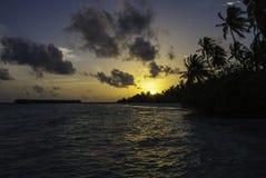 Puesta del sol en paraíso Fotos de archivo