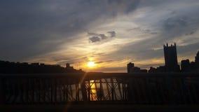 Puesta del sol en Pittsburgh Imágenes de archivo libres de regalías