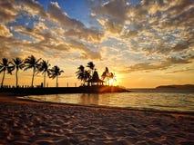 Puesta del sol en playa fotografía de archivo libre de regalías