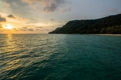 Puesta del sol en Robinson Beach Fotos de archivo libres de regalías