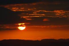 Puesta del sol en rojo Fotos de archivo libres de regalías