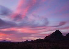 Puesta del sol en Route 66 en Arizona Foto de archivo