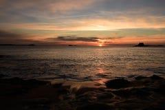Puesta del sol en Saint Malo Fotos de archivo libres de regalías