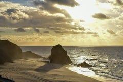 Puesta del sol en Santa Cruz - Portugal fotos de archivo