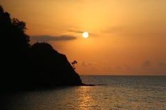 Puesta del sol en Sao Tome y PrÃncipe Imagen de archivo