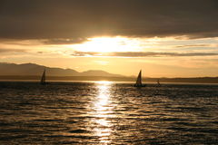 Puesta del sol en Seattle foto de archivo