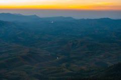Puesta del sol en Sierra foto de archivo