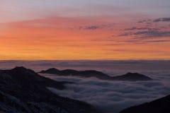 Puesta del sol en Sierra Nevada, Granada, España Fotos de archivo libres de regalías