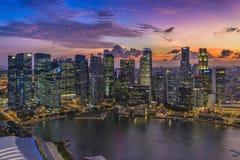 Puesta del sol en Singapur imagenes de archivo