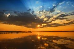 Puesta del sol en Steinhuder Meer Fotos de archivo libres de regalías