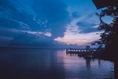 Puesta del sol en Tailandia foto de archivo libre de regalías
