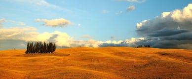 Puesta del sol en Toscana, Italia Imágenes de archivo libres de regalías