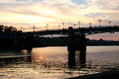 Puesta del sol en Toulouse Foto de archivo libre de regalías