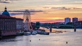 Puesta del sol en Toulouse fotos de archivo