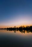 Puesta del sol en un lago 2 Fotos de archivo