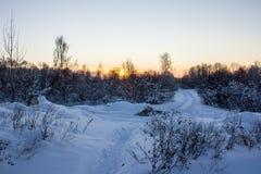 Puesta del sol en una tarde del invierno Foto de archivo libre de regalías