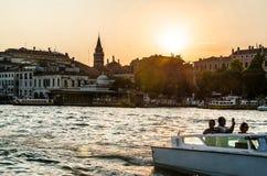 Puesta del sol en Venecia Foto de archivo libre de regalías