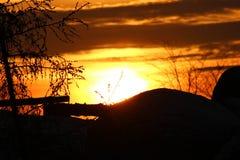 Puesta del sol en yermos imagenes de archivo