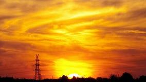 Puesta del sol en zona rural almacen de metraje de vídeo