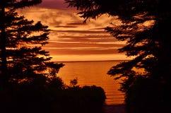 Puesta del sol enmarcada Fotografía de archivo libre de regalías