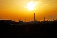 Puesta del sol Europoort Rotterdam Países Bajos Imagenes de archivo