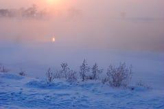 Puesta del sol fría caliente del invierno Imagen de archivo libre de regalías