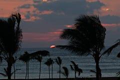 Puesta del sol grande de la isla Imagen de archivo