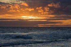 Puesta del sol hawaiana 4 Imágenes de archivo libres de regalías