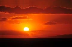 Puesta del sol hawaiana hermosa imagenes de archivo