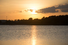 Puesta del sol hermosa Fotos de archivo libres de regalías