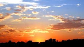 Puesta del sol hermosa Fotografía de archivo