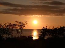 Puesta del sol hermosa de Marinduque fotos de archivo