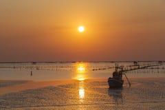Puesta del sol hermosa del mar Fotografía de archivo libre de regalías