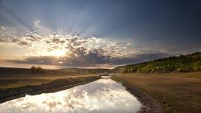 Puesta del sol hermosa del verano imagenes de archivo