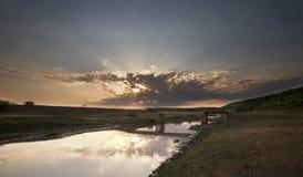 Puesta del sol hermosa del verano fotografía de archivo libre de regalías
