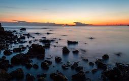 Puesta del sol hermosa en Corfú Grecia Europa Imagen de archivo