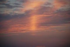 Puesta del sol hermosa en el mar Imagenes de archivo