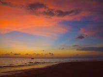 Puesta del sol hermosa en el mar Fotografía de archivo libre de regalías