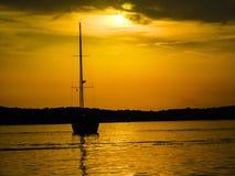Puesta del sol hermosa en Medulin foto de archivo libre de regalías