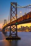 Puesta del sol hermosa en San Francisco Bay fotos de archivo
