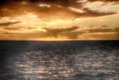 Puesta del sol hermosa en St Lucia Imagenes de archivo