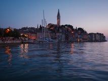 Puesta del sol hermosa en un Rovinj, Croacia Fotos de archivo libres de regalías