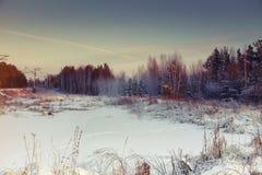 Puesta del sol hermosa del invierno Foto de archivo libre de regalías