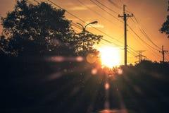 Puesta del sol hermosa por la tarde Fotos de archivo libres de regalías