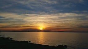 Puesta del sol impresionante Fotos de archivo libres de regalías