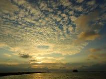Puesta del sol impresionante en Gaoxiong en Taiwán Imagen de archivo libre de regalías