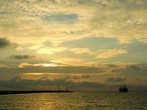 Puesta del sol impresionante en Gaoxiong en Taiwán Imagen de archivo